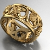 Acanthus Horse ring in yellow gold